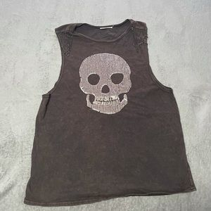 Mustard Seed sequin skull top with chain detail size large. Very good condition